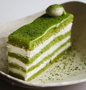 Genoise Matcha Tea Cake